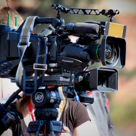 cinematographer-2808321_1280